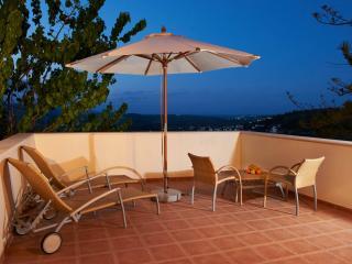 OLGA'S FILOXENIA-Villa Erontas - Maheri vacation rentals