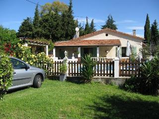 Nice 2 bedroom Villa in Le Rouret - Le Rouret vacation rentals