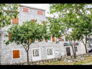 8154 A1(4+2) - Kastel Gomilica - Kastel Gomilica vacation rentals