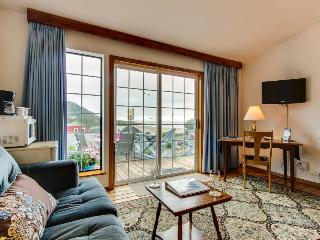 Simple, cozy beach suite - dog-friendly with ocean views! - Yachats vacation rentals