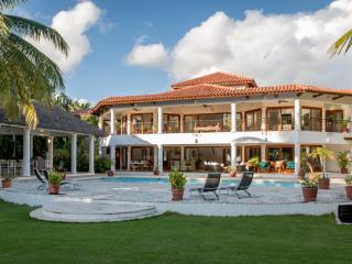 6 BR Private Villa 10,000 Sq.Ft, Golf & Sea view - La Romana vacation rentals