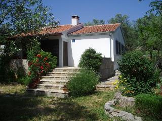 Cozy 2 bedroom Condo in Sali with Balcony - Sali vacation rentals