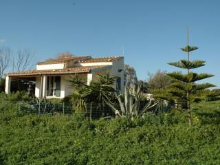 Nice Cottage with Balcony and Satellite Or Cable TV - Sampieri vacation rentals