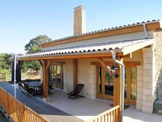 Romantic 1 bedroom Villa in Audrix - Audrix vacation rentals