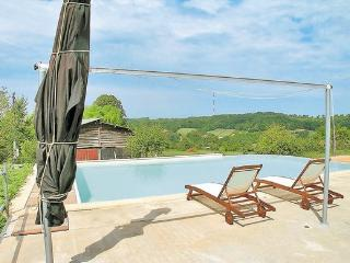 1 bedroom Villa with Shared Outdoor Pool in Audrix - Audrix vacation rentals