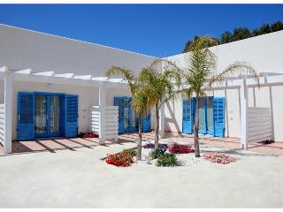 Cozy 1 bedroom Apartment in Favignana with Deck - Favignana vacation rentals