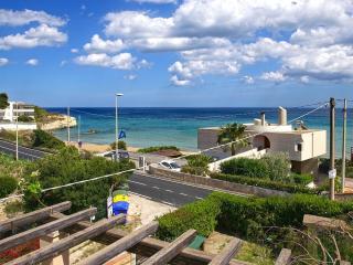 Villetta fronte mare Noto Marina - Noto vacation rentals