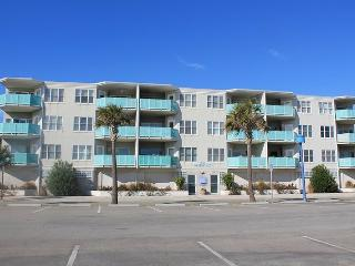 Sandpiper Condominiums - Unit 306 - Ocean Front Panoramic Views of Tybee Beach - FREE Wi-Fi - Georgia Coast vacation rentals
