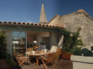 Wonderful 3 bedroom apartment in Avignon with jacu - Avignon vacation rentals