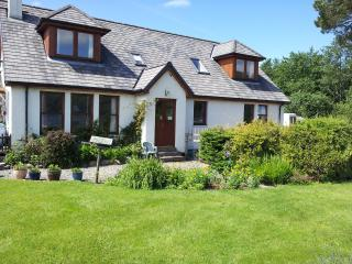 Lovely Condo with Internet Access and Satellite Or Cable TV - Taynuilt vacation rentals