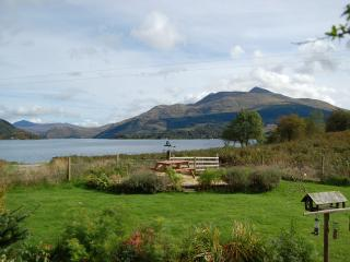 Lovely Condo with Internet Access and Kettle - Taynuilt vacation rentals