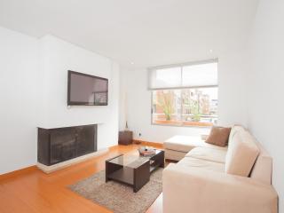 Minimalist 2 Bedroom Apartment in Parque 93 - Bogota vacation rentals