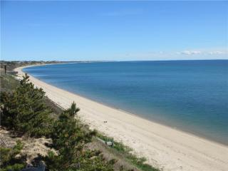 WATERFRONT WITH PRIVATE BEACH! - Boston vacation rentals