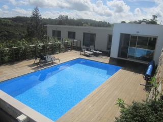 Lovely Villa with Internet Access and Central Heating - Barrio vacation rentals
