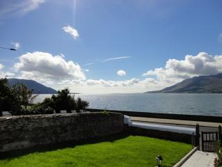 4 bedroom House with Internet Access in Warrenpoint - Warrenpoint vacation rentals