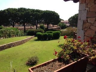 Nice House with A/C and Shared Outdoor Pool - San Teodoro vacation rentals