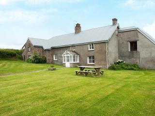 Well Farmhouse - Bude vacation rentals