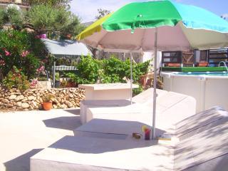 Bungalow/Gite-Finca Gamundi - L'Ampolla vacation rentals
