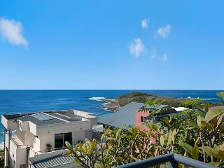 Bright 4 bedroom House in Yamba - Yamba vacation rentals