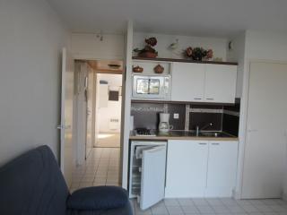 1 bedroom Condo with Short Breaks Allowed in Arzon - Arzon vacation rentals