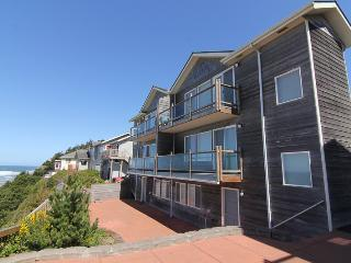 Reef & Breakers Edge - Lincoln City vacation rentals