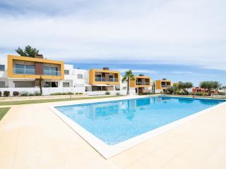 Brand New2 Bed Apt near Galé beach - Air-cond/WiFi - Albufeira vacation rentals
