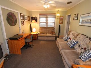 Beautiful Cottage with Deck and Internet Access - Tobermory vacation rentals