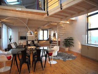 Cozy 2 bedroom Condo in Marseille - Marseille vacation rentals