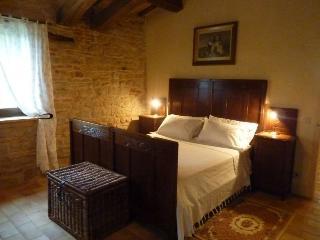 Agriturismo Serpanera - Suite Trosomari - Sarnano vacation rentals