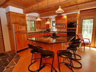 Freds Hideaway cottage (#810) - Hope Bay vacation rentals