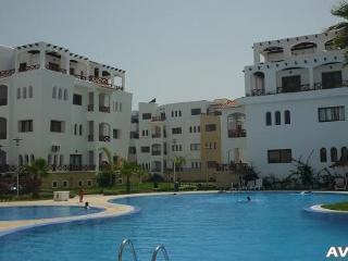 Nice Condo with Internet Access and Garden - Martil vacation rentals