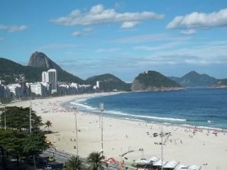 Ocean Front Great 2BR (E-12) - Rio de Janeiro vacation rentals
