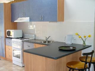 Lovely 2 bedroom Apollo Bay Apartment with Television - Apollo Bay vacation rentals
