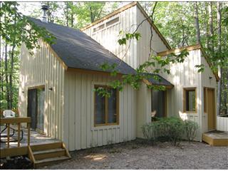 Harbor Springs 2 Bedroom/2 Bathroom House (Ridge Loft 32761) - Harbor Springs vacation rentals