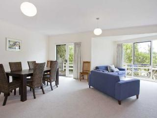 SEABREEZE - Lorne vacation rentals