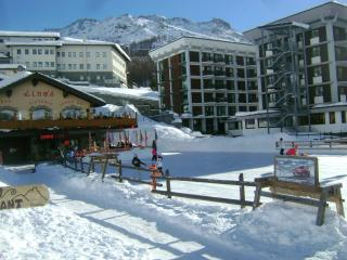 Cervinia center next to slopes - Breuil-Cervinia vacation rentals