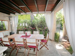 La Madeleine*** - Avignon vacation rentals