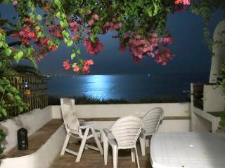 Casa Carolina traditional sea facing cottage - Albufeira vacation rentals
