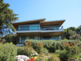 Romantic 1 bedroom House in Anglesea with A/C - Anglesea vacation rentals