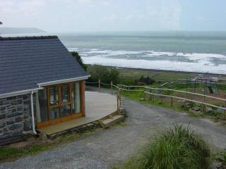 Beautiful 1 bedroom Barn in Llanaber - Llanaber vacation rentals