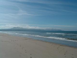 Seaside House in Dinas Dinlle with seaview balcony - Dinas Dinlle vacation rentals