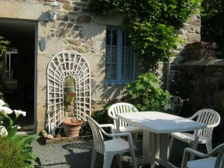 Cozy 2 bedroom Guest house in Pontrieux - Pontrieux vacation rentals