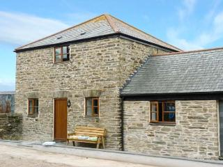 SKIBER WORA, pet-friendly, WiFi, open plan living area, country views, near Liskeard, Ref. 5260 - Downderry vacation rentals