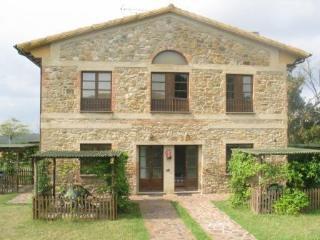 San Gimignano: Tuscan farmhouse apartment - Castel San Gimignano vacation rentals