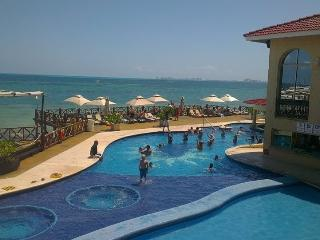 Beautiful Suite Ocean View - Cancun vacation rentals