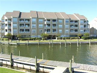Lovely 3BR w/ dock space - Buccaneer Village #836 - Manteo vacation rentals