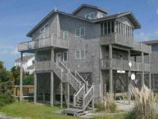 Bright 4 bedroom House in Avon with Private Outdoor Pool - Avon vacation rentals