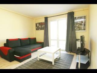 Convenient 1 bedroom Guest house in Pantin - Pantin vacation rentals