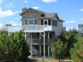 Beautiful House with Linens Provided and Hot Tub - Waves vacation rentals
