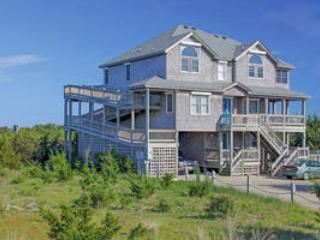 Spacious House with Private Outdoor Pool and Hot Tub - Waves vacation rentals